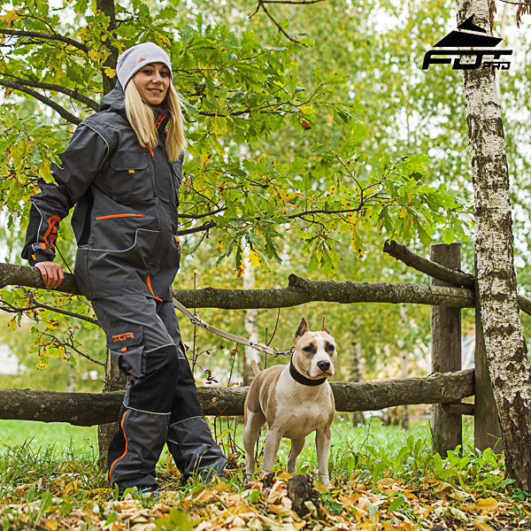 Men and Women Design Pants with Convenient Back Pockets for Active Dog Training